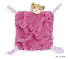 Plyšový medvídek na mazlení Plume-Raspberry Bear Doudou Kaloo 20 cm v dárkovém balení pro nejmenší růžový